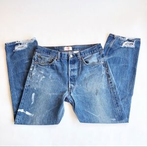 Levi's 501 32 x 29.5 Distressed High Rise Jeans